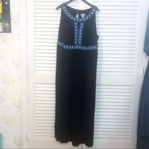 Catherines Navy maxi dress embroidery size 3x